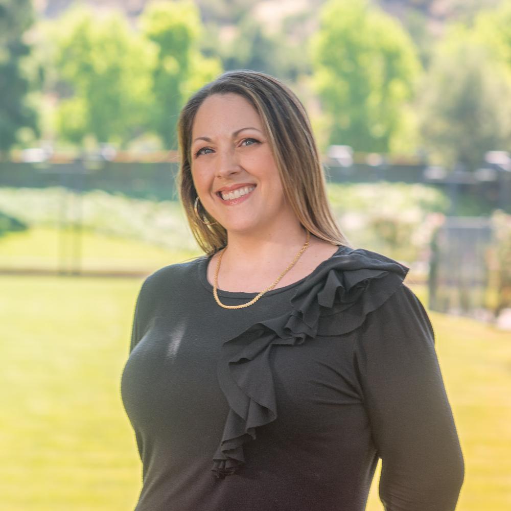 Lorie Alaimo, Sales Associate, Marketing & Escrow Coordinator